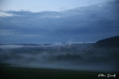 Jemelle dans la brume